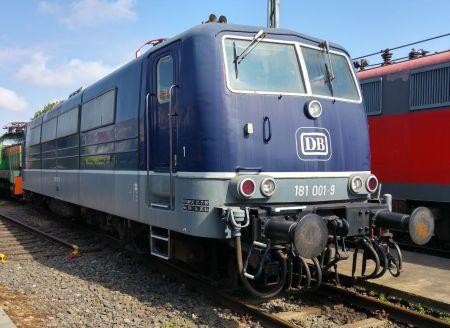 Lok 181 001 in Koblenz-Lützel, 2015