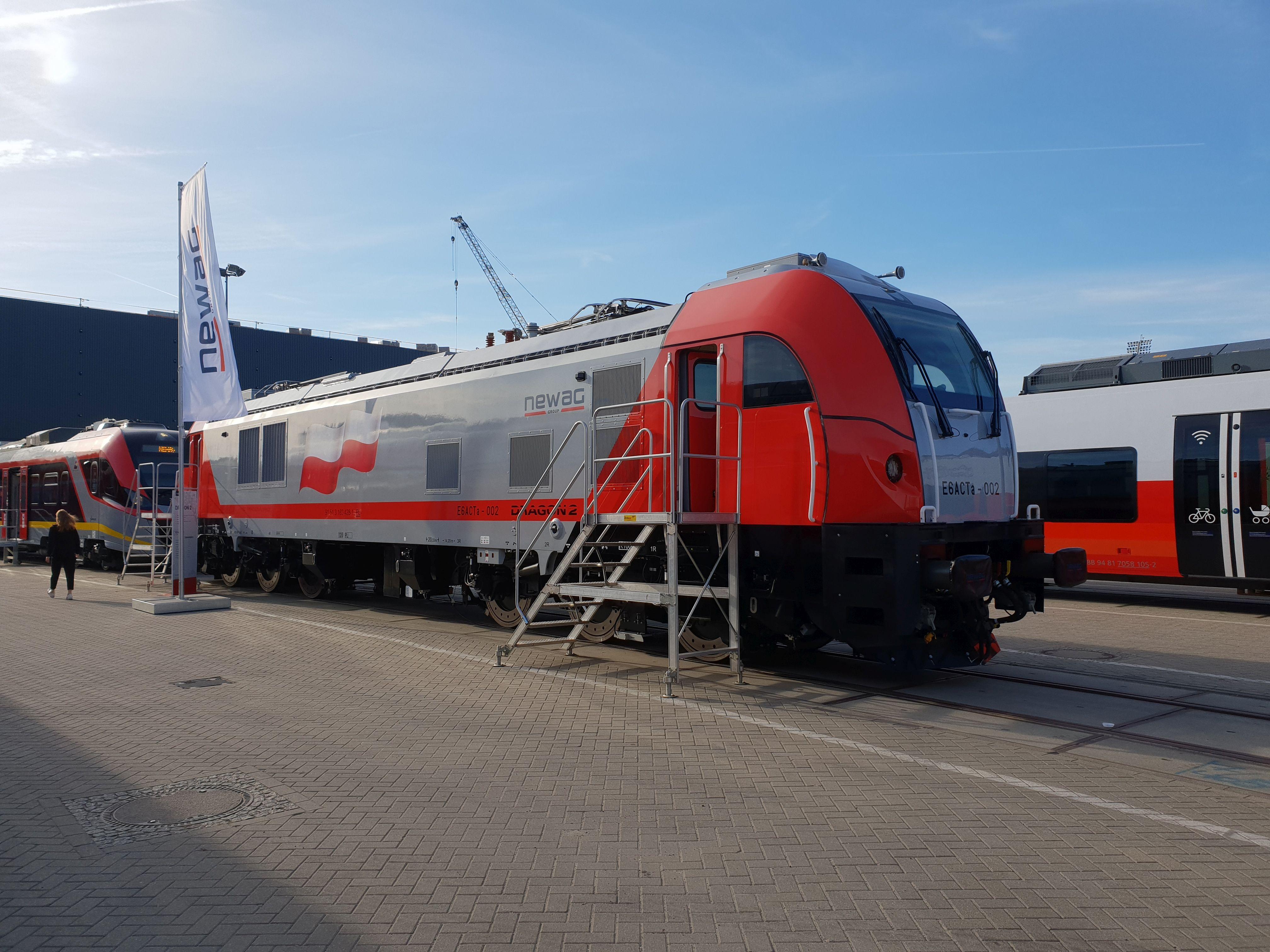 Foto: Elok Dragon 2 von Newag auf der Berliner Innotrans 2018